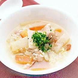 五穀と鶏肉のスープ