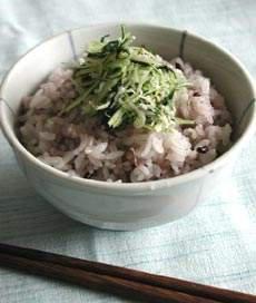 黒米ごはんの水菜ふりかけ