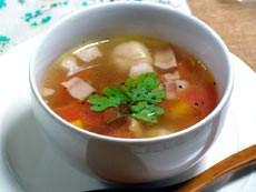 チーズすいとんのトマトスープ