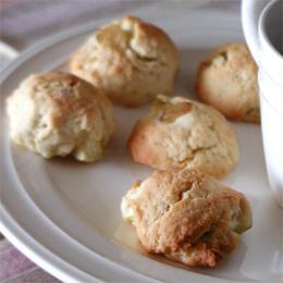 キヌアとりんごのソフトクッキー