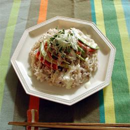 サーモンとアボガドのサラダ寿司