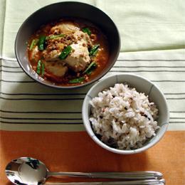 雑穀ごはんと豆腐チゲ