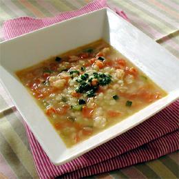 はと麦とえびのトマトスープ