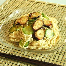 タコときゅうりのピビン麺