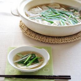 にらともやしのすいとん中華鍋