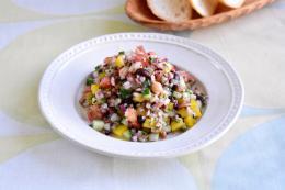 お豆ホクホク十六穀のタブーリ風サラダ