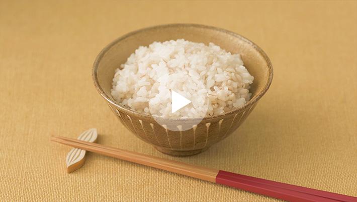 浸す 時間 米 水 に 米を水に浸す時間